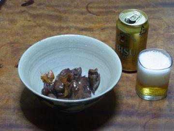 ヱビスビールと鶏レバー甘辛煮のあて