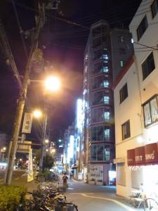 釜ヶ崎の簡易宿泊所街