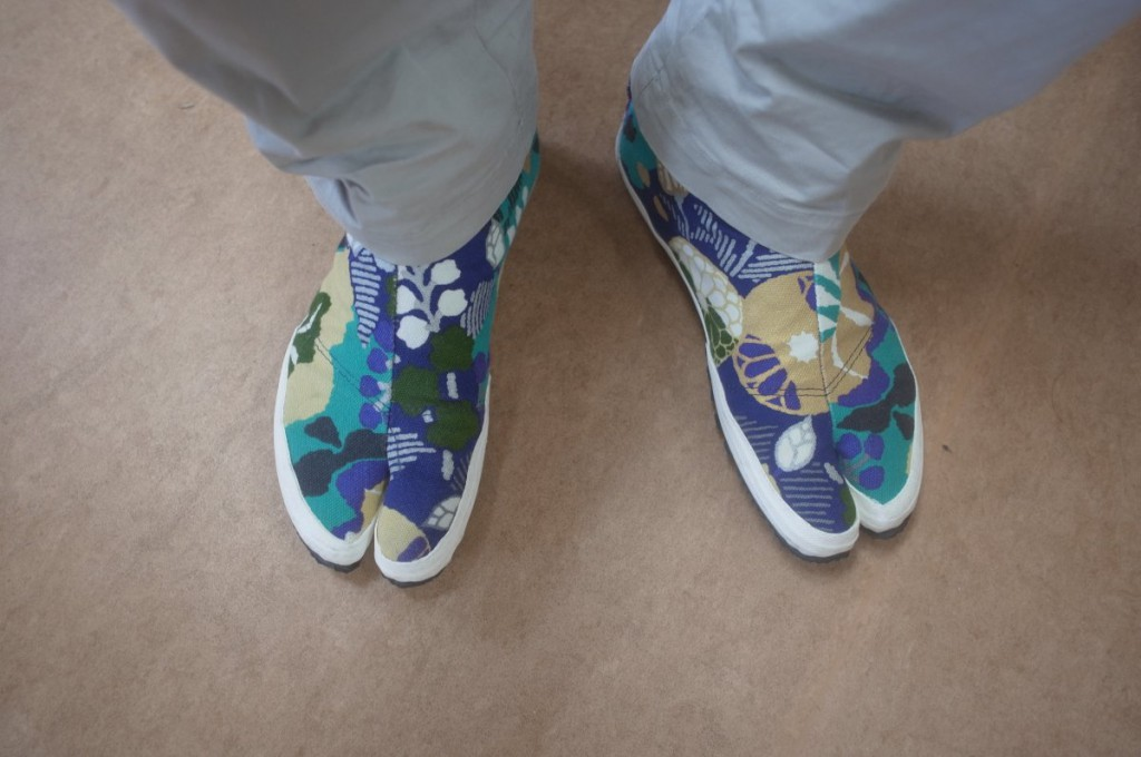 介護実習で着用している足袋