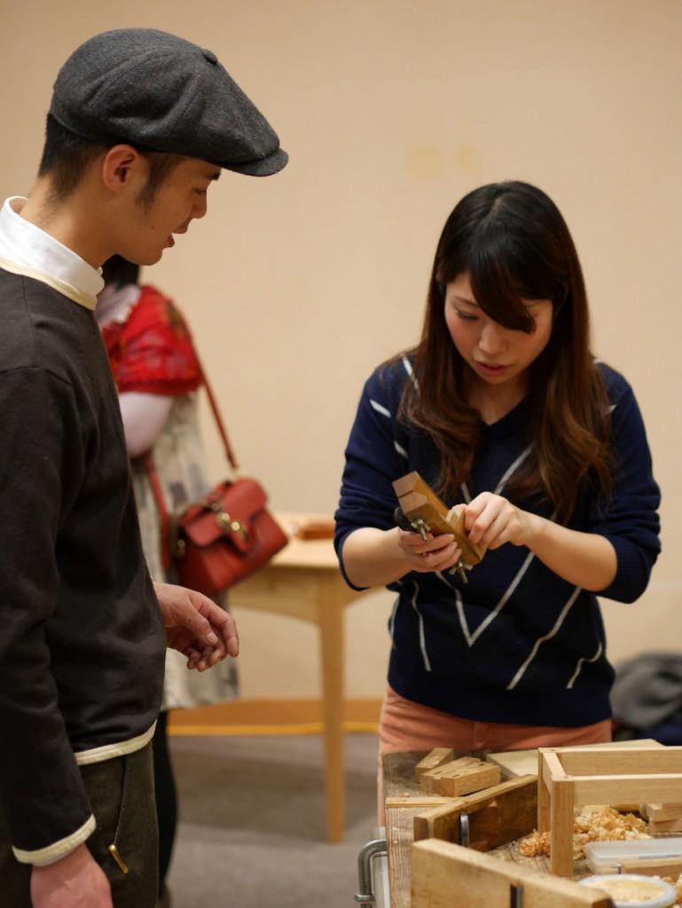 こちらも東京から駆けつけてくれた若き木工青年ユーガー君。ワークショップを手伝ってもらいました。