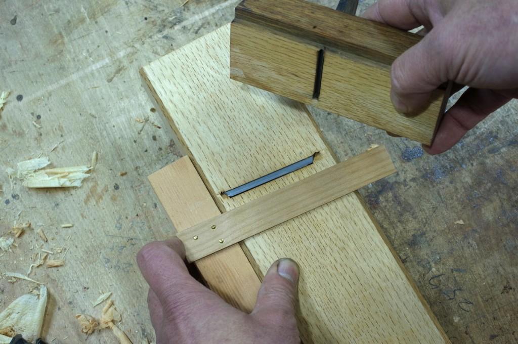 こうして刃口と刃を覆って、包口の部分を削る